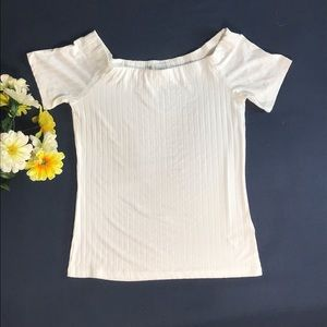 H&M white off the shoulder short sleeve top